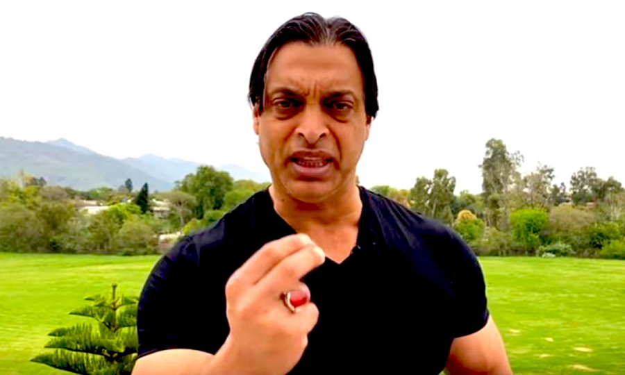 Shoaib Akhtar blames junk food habit for the lung problems