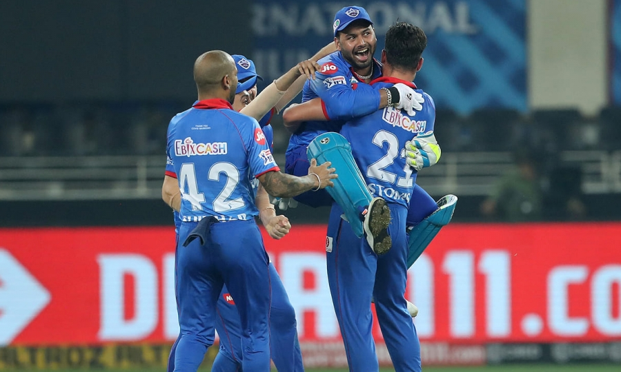 IPL 2020: Delhi beat Punjab in thrilling Super Over | OneIndia Tamil