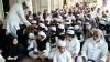 முதன்முறையாக பள்ளி வாசல்களில் தேசிய கொடி.. அனைவரும் இந்தியர்கள்.. உறுதிமொழியேற்ற இஸ்லாமியர்கள்!