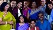 Sundaram kudumbathinar serial: நம்ம இந்துவா இது.. அந்த மேலுதட்டு மச்சம் பார்த்தாதான் ஆளே தெரியுது!