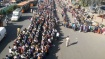 250 கி.மீ. தூரம்.. டெல்லி டூ ம.பி.. கொளுத்தும் வெயிலில் வெறுங்காலில் நடந்து சென்ற இளைஞர் பலி