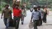 கொரோனா: சென்னையிலிருந்து வந்த 7 பேருக்காக மரஉச்சிகளில் சிறிய குடில் வேய்ந்த மேற்கு வங்க கிராமத்தினர்