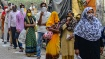 இடம்பெயர் தொழிலாளர்களுக்கு இலவச ரேஷன்... தமிழகம் உட்பட 11 மாநிலங்களில் 1% கூட வழங்கவில்லையாம்!