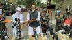 டார்ஜிலிங் சுக்னா போர் நினைவிடத்தில் ராணுவ தளவாடங்களுடன் ஆயுத பூஜை நடத்திய ராஜ்நாத்சிங்