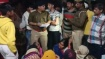 தாயையும் மகளையும் ஒரே இடத்தில் வைத்து.. இளைஞர் செய்த கொடூரம்..மூன்றாவது பெண் நூலிழையில் எஸ்கேப்