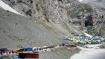 மேக வெடிப்பு அமர்நாத் கோவில் அருகே வானம் பொத்துக்கொண்டு கொட்டிய மழையால் 22 பேர் பலி