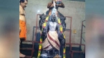 புரட்டாசி சனிக்கிழமை விரதம்: ஸ்ரீதன்வந்திரி பெருமாளுக்கு புஷ்பாஞ்சலி