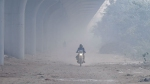 டெல்லியில் மிக ஆபத்தான அளவில் காற்று மாசு.. மக்களின் வாழ்நாள் காலத்தில் 17 ஆண்டுகள் குறையும் அபாயம்