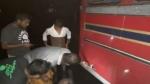 இலங்கை: மன்னார் அருகே வாக்காளர்  பேருந்து மீது துப்பாக்கிச் சூடு- மரங்களை வெட்டி தடை- பதற்றம்!