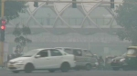 தலைநகர் டெல்லியில் மிக அபாய கட்ட அளவில் காற்று மாசு,,, 489 ஏகிஐ ஆக உள்ளதால் எச்சரிக்கை
