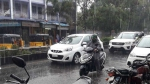 சென்னையில் அதிகாலையிலிருந்து கனமழை.. சாலைகளில் தேங்கிய தண்ணீர்.. மக்கள் அவதி!