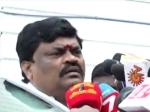 இளைஞர்களுக்கு வாய்ப்பு தர வேண்டும்... அமைச்சர் ராஜேந்திரபாலாஜி கோரிக்கை