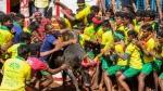 உலக புகழ்பெற்ற அலங்காநல்லூர் ஜல்லிக்கட்டு போட்டி தொடங்கியது.. வீறுகொண்டு வரும் காளைகள்!