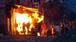 டெல்லி வன்முறையில் பலியானோர் எண்ணிக்கை 16 ஆக அதிகரிப்பு- 200 பேர் படுகாயம்- கண்டதும் சுட உத்தரவு