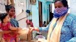 கொரோனா ஊரடங்கு.. உணவின்றி கஷ்டப்படும் மக்களுக்கு உதவும் இனிய உதயம் தொண்டு நிறுவனம்!