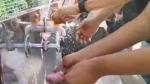 கவுண்டம்பாளையம் நடராஜ் நகருக்கா செல்கிறீர்கள்? அப்போ கவுன்சிலர் வைத்த வாஷ்பேசினில் கை கழுவுங்கள்!
