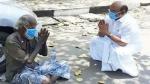 அசைவின்றி உட்கார்ந்திருந்த நபர்.. மெல்ல அருகில் சென்ற ஜெயக்குமார்.. என்ன மனசு சார் உங்களுக்கு!
