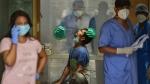 படிப்படியாக குறைகிறது தொற்று.. ஒரே நாளில் 3,924 பேர் டிஸ்சார்ஜ்.. சென்னையில் இன்று 723 பேர் பாதிப்பு