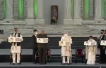 நாடாளுமன்றம் கட்டுவீங்க.. பிளேன் வாங்குவீங்க.. நேதாஜி நினைவகம் மட்டும் கட்ட முடியாதோ.. விளாசிய மமதா