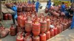 சமையல் கியாஸ் விலை மீண்டும் உயர்வு.. பிப்ரவரி மாதத்தில் மட்டும் 100 ரூபாய் விலை உயர்வு