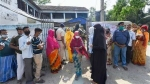 மே.வங்கத்தில் பெரும் களேபரங்களுக்கு இடையே.. நடந்து முடிந்த 4-ம் கட்ட தேர்தல்.. 80.9% வாக்குகள் பதிவு!
