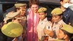 பிரியங்கா காந்தியுடன் செல்ஃபி கிளிக்கிய பெண் போலீசார்..! கடுமையான ஆக்சன் எடுக்கும் யோகி அரசு