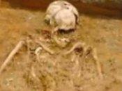 இலங்கை: தமிழர்கள் பகுதியில் மேலும் எலும்புக்கூடுகள் கண்டெடுப்பு: 50 ஆக உயர்வு