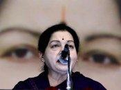 சென்னையில் ஆற்றங்கரையோர ஆக்கிரமிப்பு வீடுகள் இடிப்பு.. 10,000 வீடுகளை ஒதுக்கி ஜெ. உத்தரவு