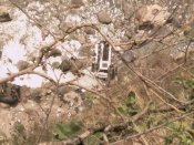 சிம்லாவில் பேருந்து ஆற்றுக்குள் கவிழ்ந்து கோர விபத்து... 44 பேர் சம்பவ இடத்திலேயே சாவு!