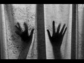 மாமல்லபுரத்தில்.. ஜெர்மனி பெண் 3 பேர் கொண்ட கும்பலால் கத்தி முனையில் பலாத்காரம்!