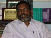 தமிழுக்கும் தமிழர்களுக்கும் எதிராக செயல்படுகிறார் விஜயேந்திரர் - திருமாவளவன் ஆவேசம்