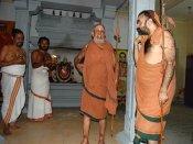 காஞ்சி ஸ்ரீமடத்தை பணக்கார மடமாக மாற்றிய ஜெயேந்திரர்! #JayendraSaraswathi