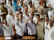 கர்நாடகா சட்டசபை நம்பிக்கை வாக்கெடுப்பில் குமாரசாமி அரசு வெற்றி.. பெரும்பான்மையை நிரூபித்தார்