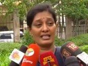 காந்தி லலித்குமார் ஒரு சைக்கோ... உடல் முழுவதும் சூடு போட்டார்.. நிலானி கண்ணீர் பேட்டி