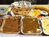 காந்தி ஜெயந்தி அன்று ரயில்களில் கறி சோறு இல்லை.. சாம்பார் ரைஸ், கர்ட் ரைஸ் + ஊறுகாய் மட்டுமே!