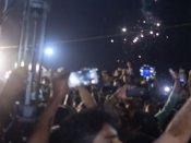 சென்னையில் புத்தாண்டு கொண்டாட்டம் கோலாகலம்.... உற்சாகத்தில் திளைத்த இளைஞர்கள்