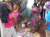 பொங்கலோ பொங்கல்... இது நட்புப்பொங்கல் - தேனியில் சுவாரஸ்ய  பொங்கல் கொண்டாட்டம்