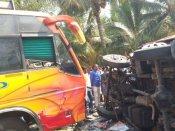 தேனியில் வேன்- பேருந்து மோதி விபத்து.. 4 பேர் பரிதாப பலி.. 18 பேர் படுகாயம்
