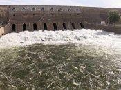 மகிழ்ச்சியோ மகிழ்ச்சி... துள்ளிகுதித்து மேட்டூர் அணையை வந்தடைந்தது காவிரி நீர்