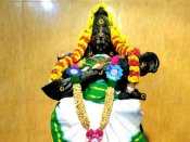 கல்வி வளம் தரும் சரஸ்வதி - விஜயதசமி நாளில் வாணி சரஸ்வதிக்கு மகா அபிஷேகம்