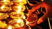 கார்த்திகை : திருமலையில் வனபோஜனம் - தங்க யானை வாகனத்தில் எழுந்தருளிய மலையப்பசுவாமி -