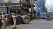 மங்களூரில் 2 பேர் போலீசால் சுட்டு கொலை.. பத்திரிக்கையாளர்கள் கைது.. கேமராக்கள்  பறிமுதல்.. கெடுபிடி