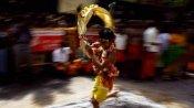 தைப்பூச திருவிழா: முருகனை காண வரும் பக்தர்கள் காவடி எடுப்பது ஏன் தெரியுமா