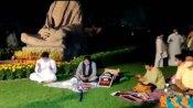 சஸ்பெண்ட் செய்யப்பட்ட 8 எம்பிக்கள் ராஜ்யசபா வளாகத்தை விட்டு வெளியேற மறுப்பு - நள்ளிரவிலும் தர்ணா
