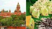 பொங்கல் பரிசு டோக்கனில் கட்சி தலைவர் படங்கள் இருக்க கூடாது: சென்னை ஹைகோர்ட் உத்தரவு