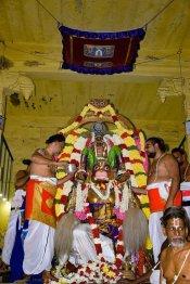திருவல்லிக்கேணி பார்த்தசாரதி கோயில் பிரம்மோற்சவம்:  தேரோட்டம் கோலாகலம்