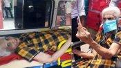 சபாஷ்.. வயதோ 86; உடல்நலமும் சரியில்லை.. ஆனாலும் ஆம்புலன்சில் வந்து ஆர்வமுடன் வாக்களித்த பாட்டி!
