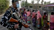 மேற்குவங்கத்தில் மத்திய பாதுகாப்புப்படை துப்பாக்கிச்சூடு: 4 பேர் பலி - நடந்தது என்ன?