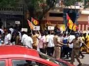 ஸ்டெர்லைட் போராட்டத்தில் செய்தியாளர்கள் மீது தேமுதிகவினர் தாக்குதல்- பிரேமலதா மீது வழக்கு பதிவு