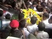 கருணாநிதி உடலுக்கு காங்கிரஸ் தலைவர் ராகுல் காந்தி அஞ்சலி!